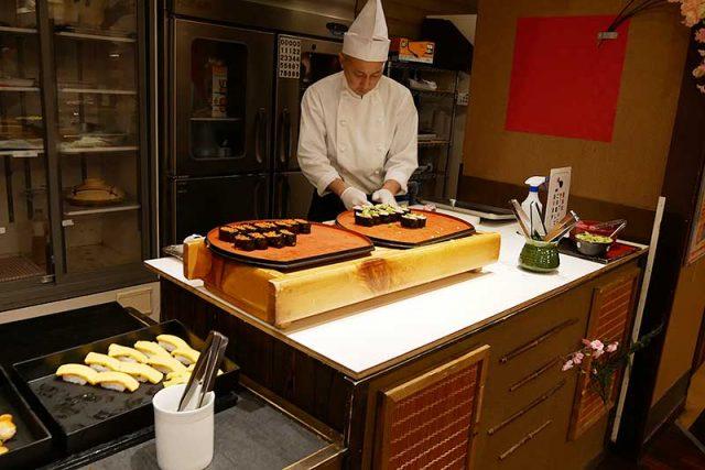 握りたてのお寿司
