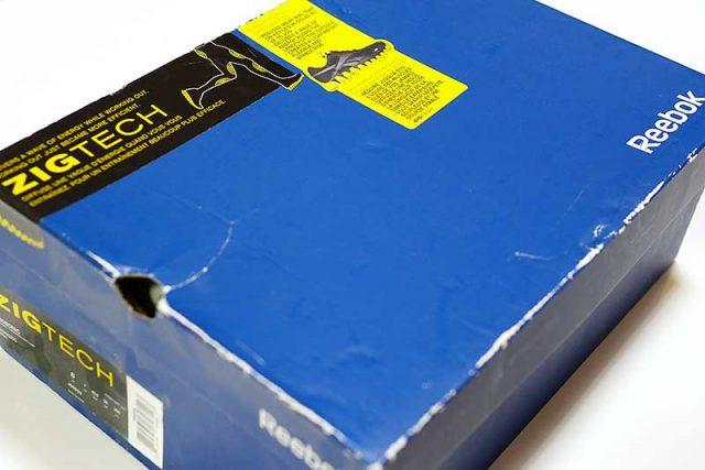 数年前に買ったジョギングシューズの箱