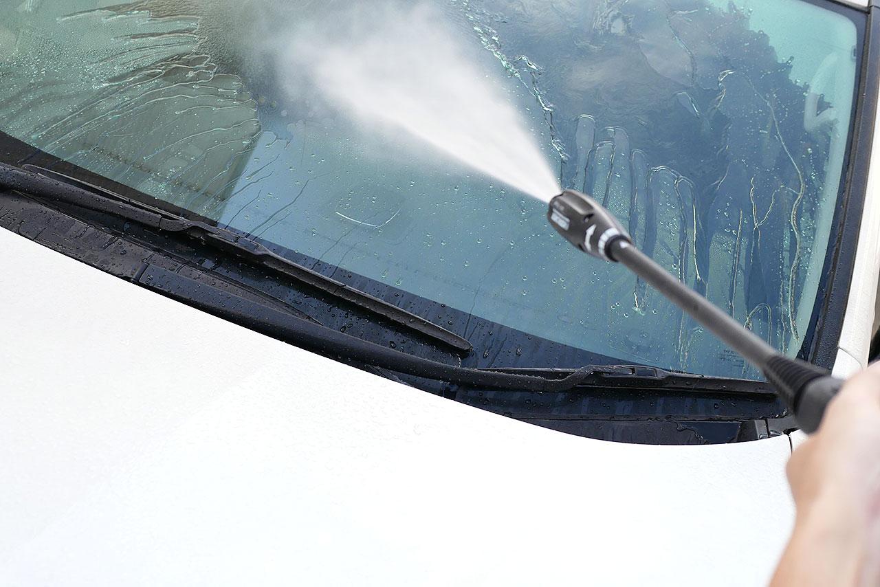 洗車の方法!洗剤と水垢落とし・コーティングについて!!