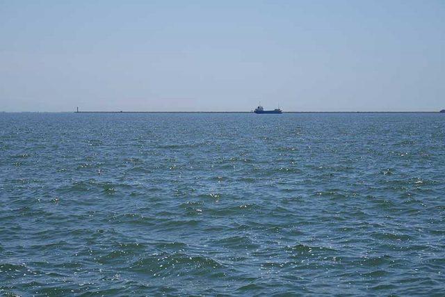 沖に面した釣り場