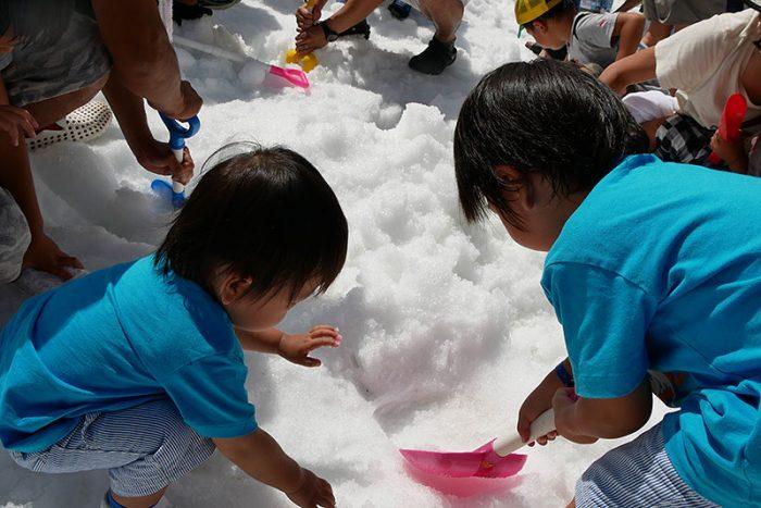 六甲山・真夏の雪祭り