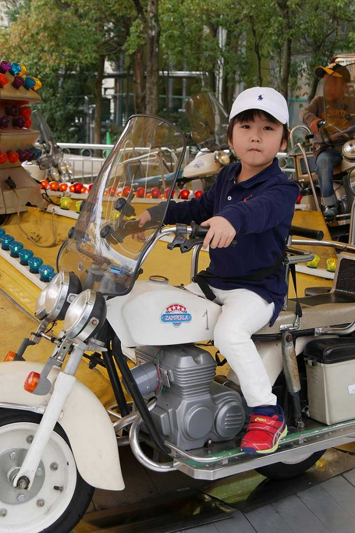 バイクに跨って!!