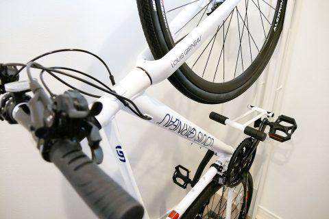 自転車の縦置き・サイクルロッカーの組み立てとレビュー