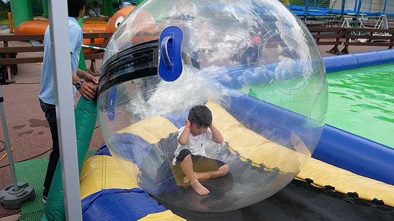 バブルボールで遊びます!