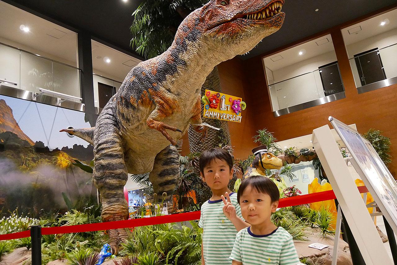 恐竜が働く「変なホテル」がオススメ!紹介と宿泊レビュー!!