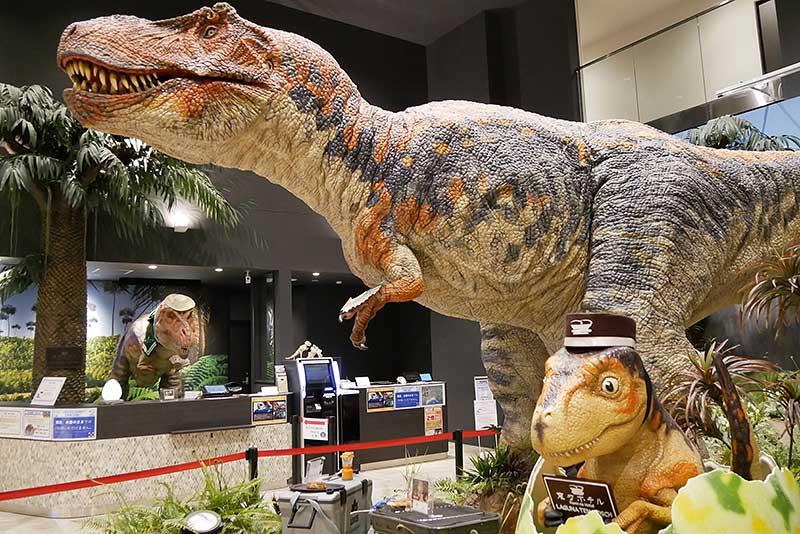 変なホテルの恐竜達!!