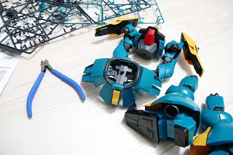 【RE/100】ヤクト・ドーガ(ギュネイ・ガス機)・組み立て