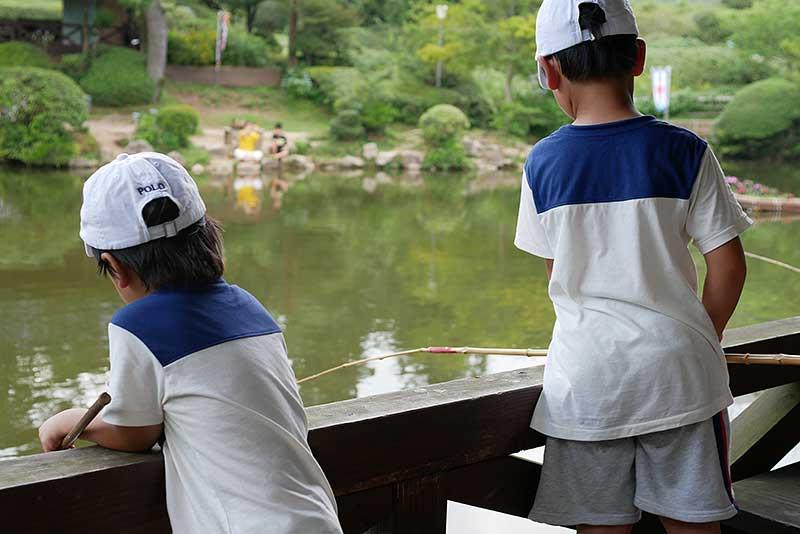 魚釣り開始