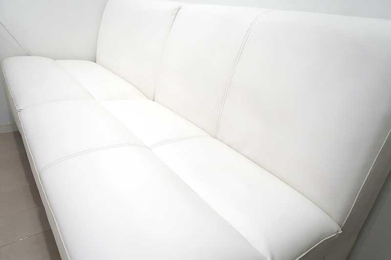 綺麗な白色が復活したソファー!!