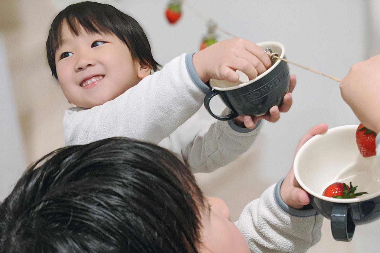 外出自粛の過ごし方!子供が喜ぶ自宅でイチゴ狩り!!
