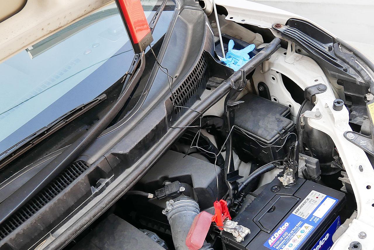 車のバッテリー交換手順とメモリーのバックアップ方法