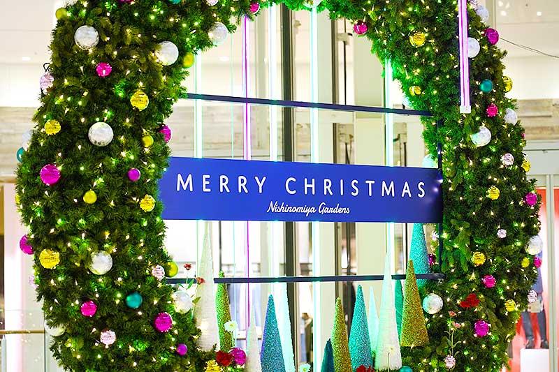 補正後のクリスマスリース