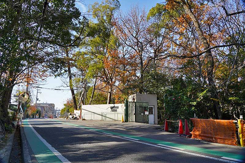光陽園学院の正門(夙川学院)