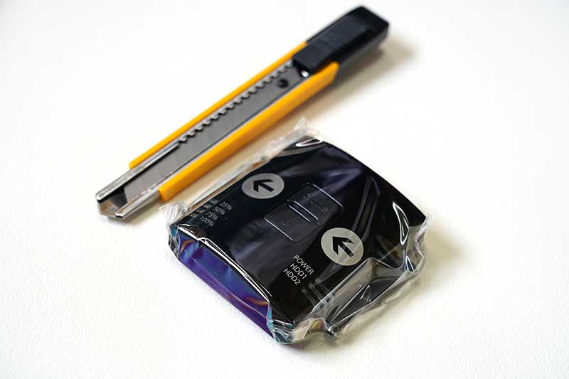 HDDクローンとカッターのサイズ比較
