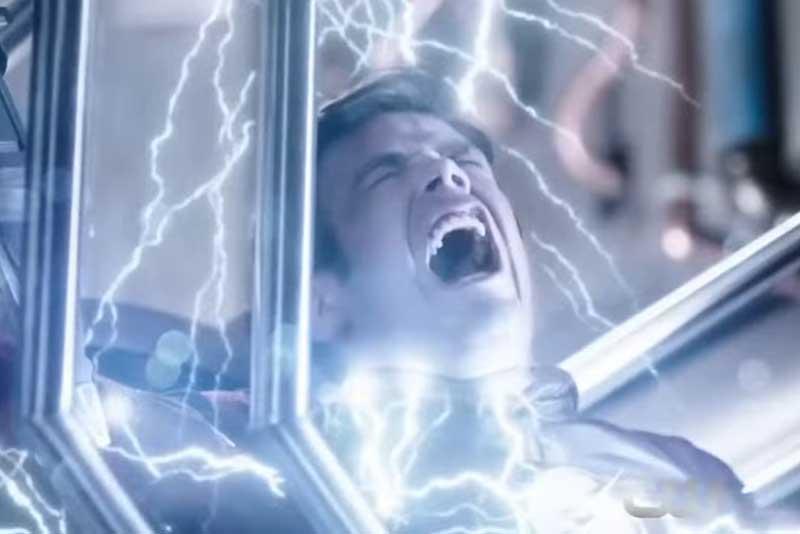 雷に打たれるバリー