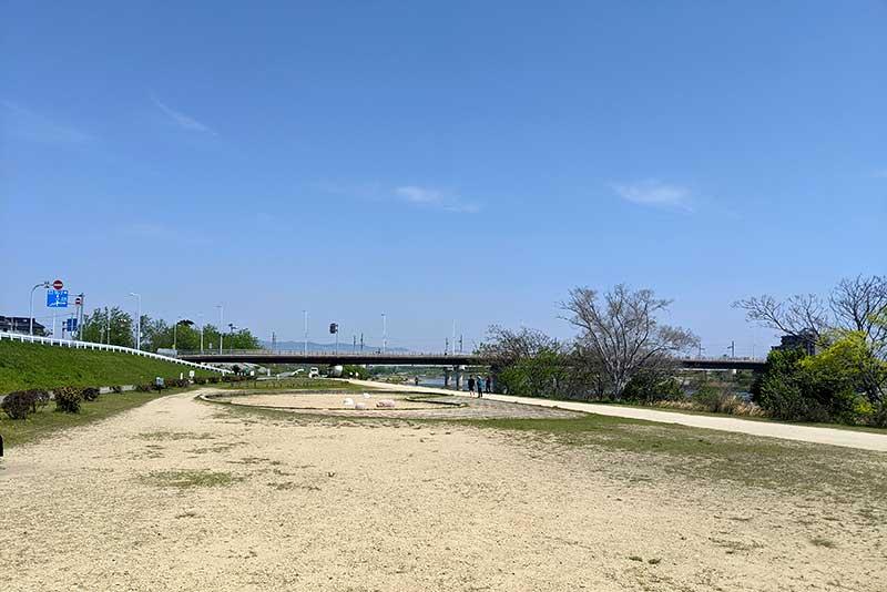 ハルヒ・武庫川河川敷の公園(砂場)