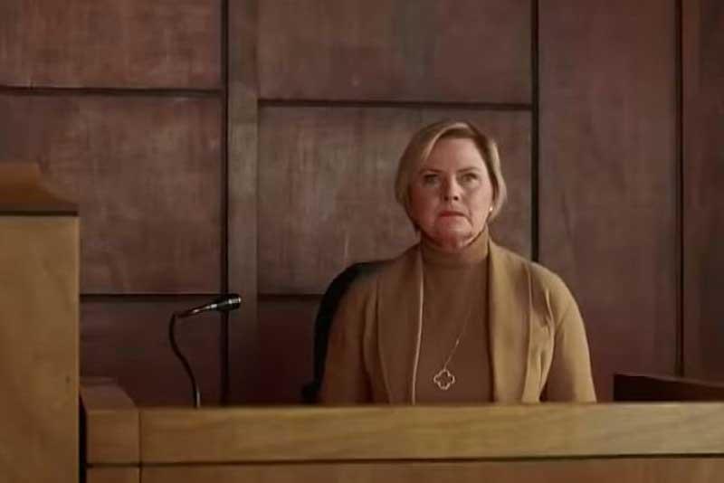 法廷のフェイ